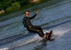 La tabla de Surf con motor - JetSurf